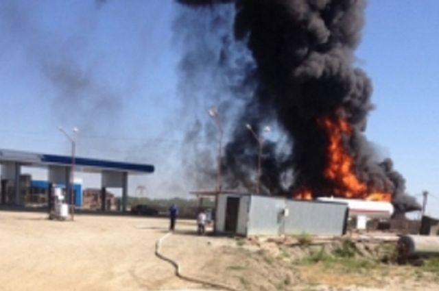 ВДагестане взорвалась цистерна наАЗС, могут быть жертвы