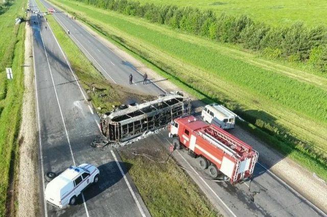 Авария унесла жизни 14 жителей Татарстана, Самары и Удмуртии.