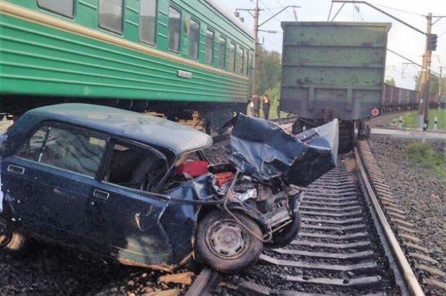 В Кузбассе задержали виновника ДТП на железной дороге.