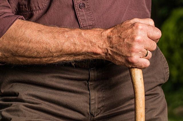 Болезни пожилых - это длинная история.