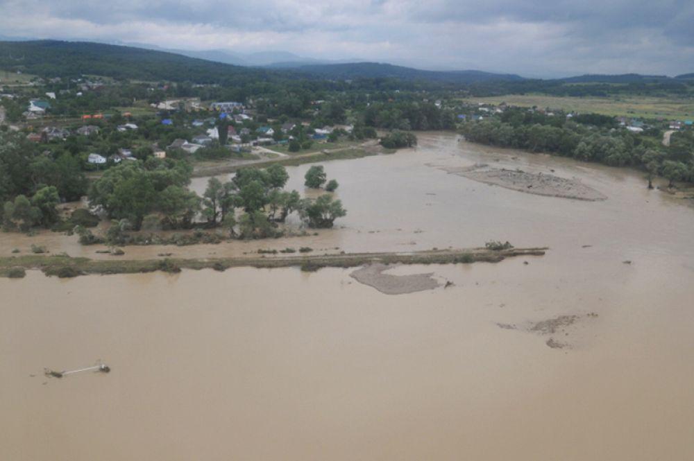 Вид на город Крымск, пострадавший от наводнения.