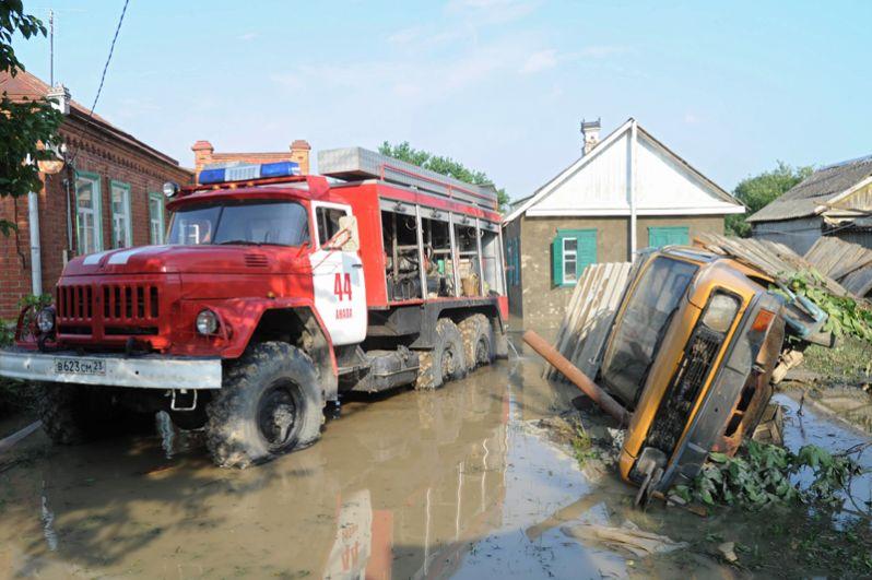 Последствия наводнения в городе Крымск в Краснодарском крае.