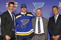 18-летний игрок был выбран «Сент-Луисом» на прошедшем драфте НХЛ под 31-м номером.