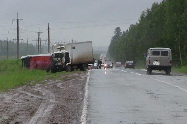 ВУдмуртии 58-летний шофёр иномарки протаранил 7 авто