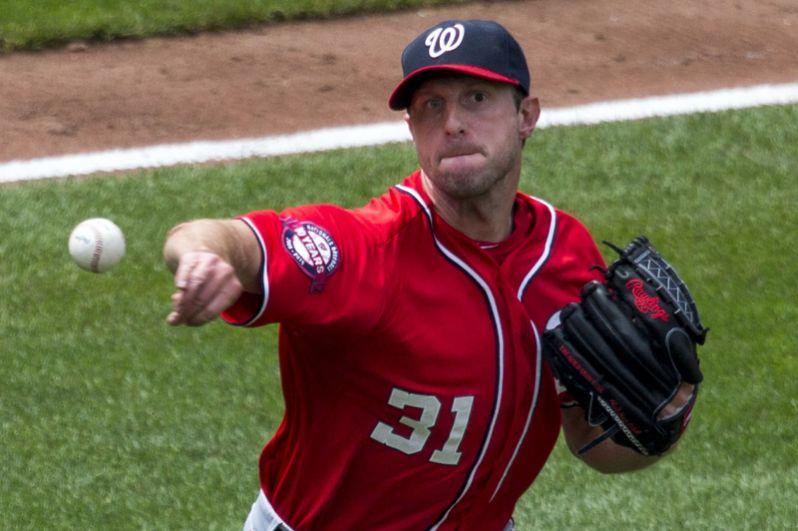 10 место. Макс Шерцер (США, бейсбол) — 210 миллионов за 7 лет.