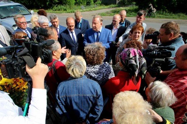 Губернатор встретился с пострадавшими от паводка горожанами