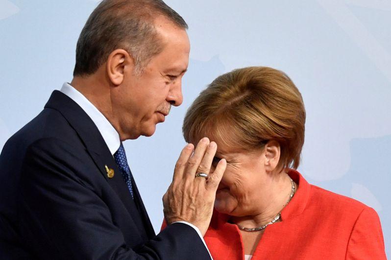 Канцлер Германии Ангела Мергель и президент Турции Реджеп Тайип Эрдоган.