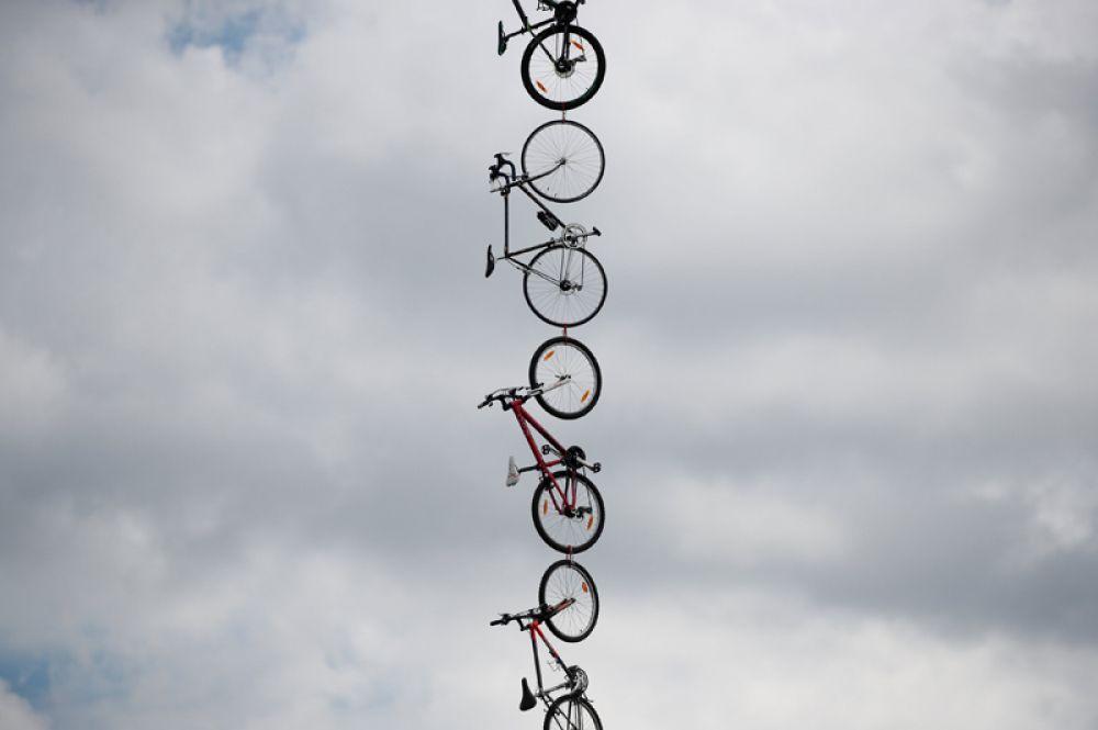 3 июля. Велосипеды на гонке Тур де Франс.