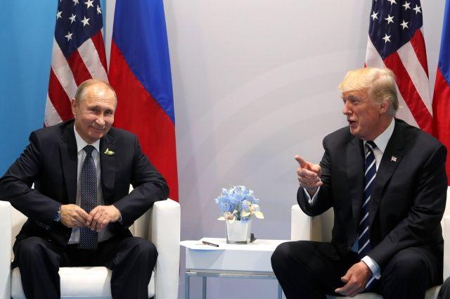 Трамп: Путин опроверг вмешательствоРФ ввыборы вСША