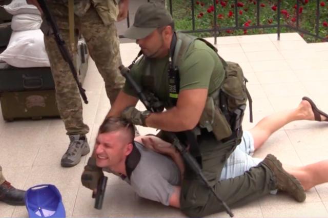 Раненный вКривом Роге корреспондент находится вочень тяжелом состоянии