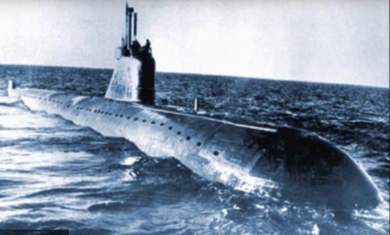 12 апреля 1970 года потерпела катастрофу в Бискайском заливе атомная подводная лодка К-8, входящая в состав Северного флота. На борту произошел пожар, ценою жизни пять офицеров задраили двери и заглушили ядерные реакторы, предотвратив дальнейшие взрывы. Часть экипажа была спасена болгарским теплоходом. В результате пожара погибло 52 человека. АПЛ затонула на глубине 4680 метров, в 490 км к северо-западу от Испании.