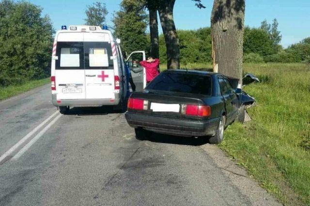 Четыре человека попали в больницу после ДТП на трассе Калининград-Полесск.