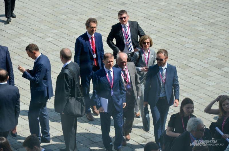 На Иннопром прибыл гендиректор РУСАЛА Владислав Соловьев.
