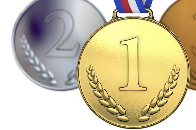 Золотую медаль иркутянка завоевала в паре.