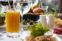 «Что съесть, чтобы похудеть?» - спрашивают себя желающие скинуть вес. У врачей есть ответ на этот вопрос.