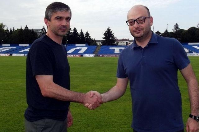 Беслан Аджинджал и генеральный директор ФК