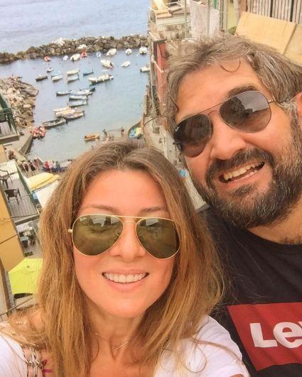 Жанна Бадоева поделилась нежными снимками с мужем