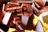 Из шоколада можно приготовить напитки, десерты и даже суп.