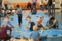 Более 850 ишимцев собирали два дня конструкторы