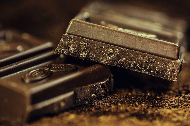 Горький и тёмный шоколад - самый полезный