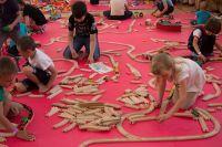 Дети из центра «Согласие» посетили первую семейную игротеку