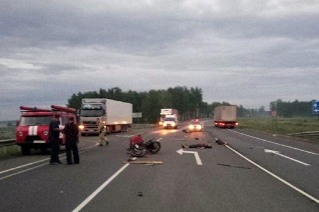 Мотоциклист столкнулся с«Фордом» и умер вТулунском районе