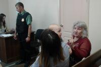 Зоя Туганова намерена получить компенсацию за то, что её родная дочь росла в нищете.