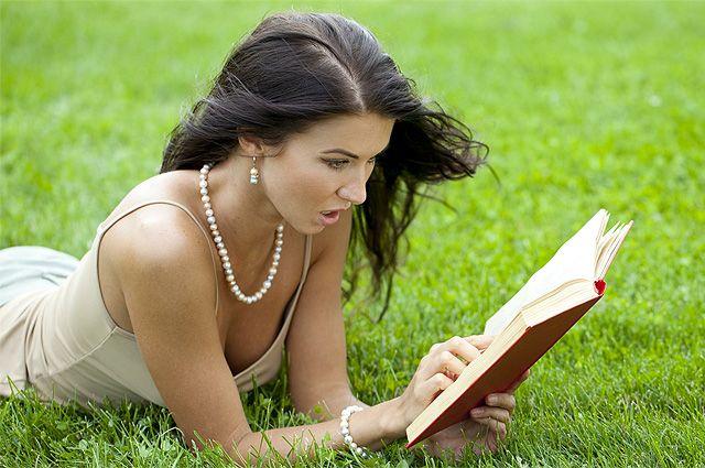 Что взять с собой в отпуск. 7 книг в разных жанрах