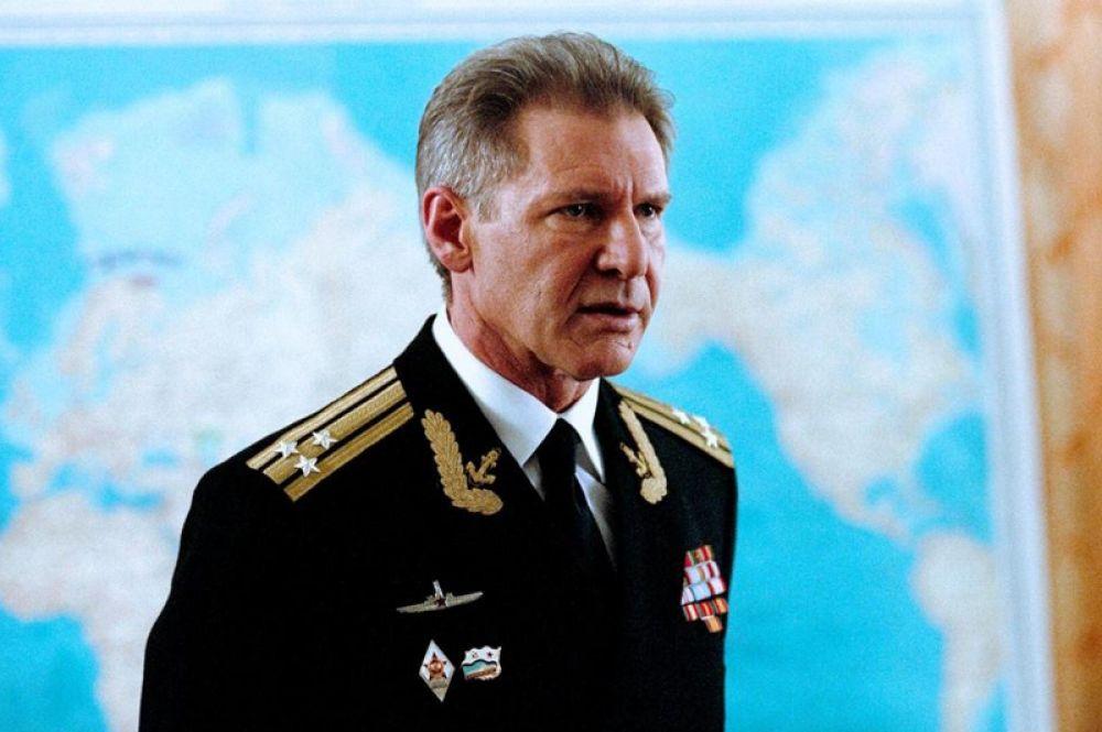 «К-19» (2002) — командир подлодки Алексей Востриков.