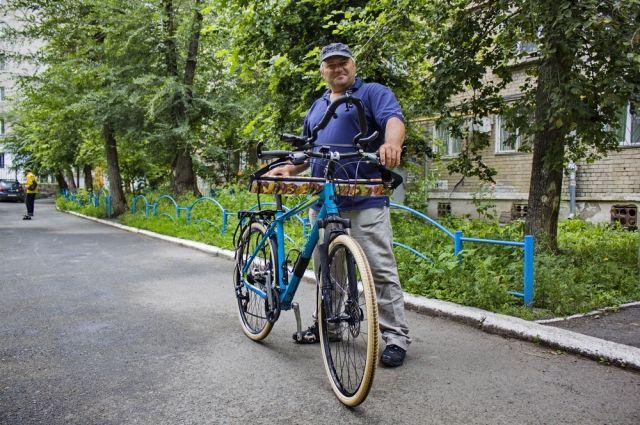 Нодар Беридзе начал путь из Владивостока и намерен после посещения европейской столицы вернуться в Тбилиси.