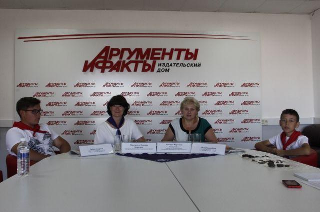 Артем Андреев, Маргарита Бородина, Евгения Бессонова и Айдар Каламбаев.