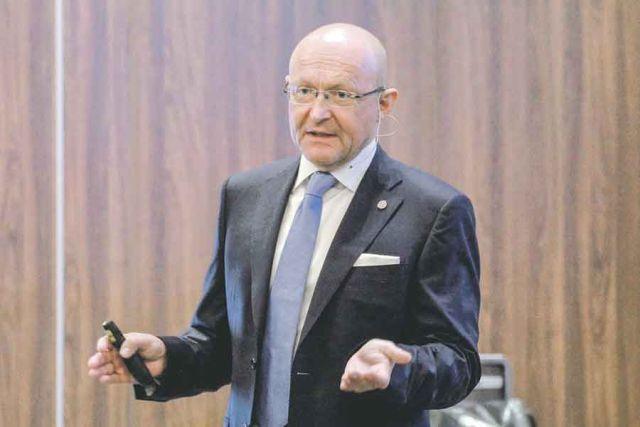 Михаэль Попп: «Мы работаем в России давно и не уходили с рынка даже в кризисный 1998 год, наоборот - расширялись».