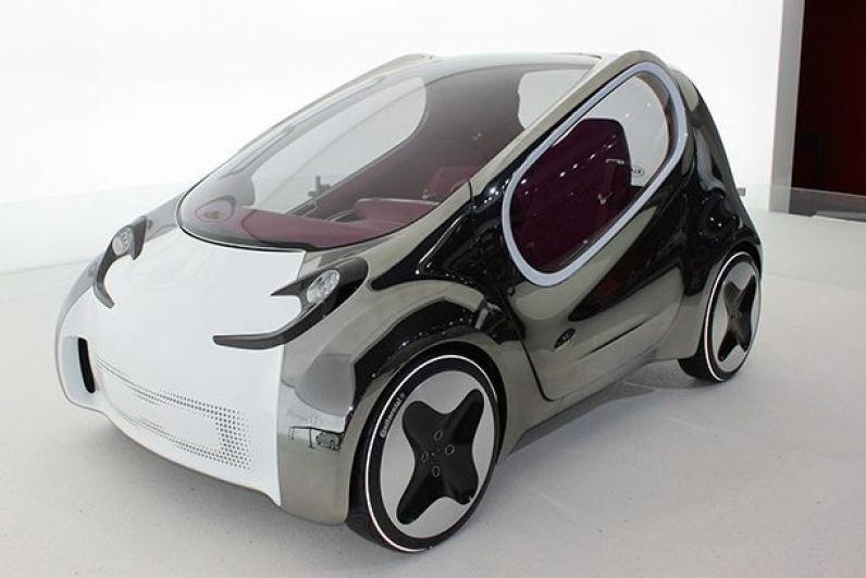 Kia Pop. Эта компактная машинка на парковке занимает всего 2,7 метра и способна разгоняться до 140 километров в час