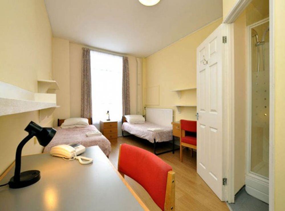 В Великобритании студенты проживают либо в кампусах на территории университета, либо же в общежитиях, которые расположены в других районах