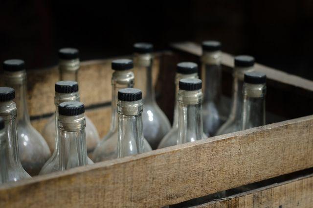 За повторный факт нелегальной торговли алкоголем администрация расторгает договор аренды участка.