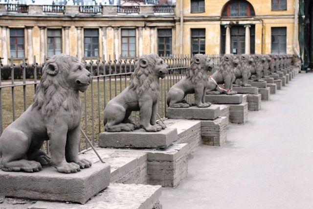 Скульптуры львов возвратятся кдаче Кушелева-Безбородко доконца года— КГИОП