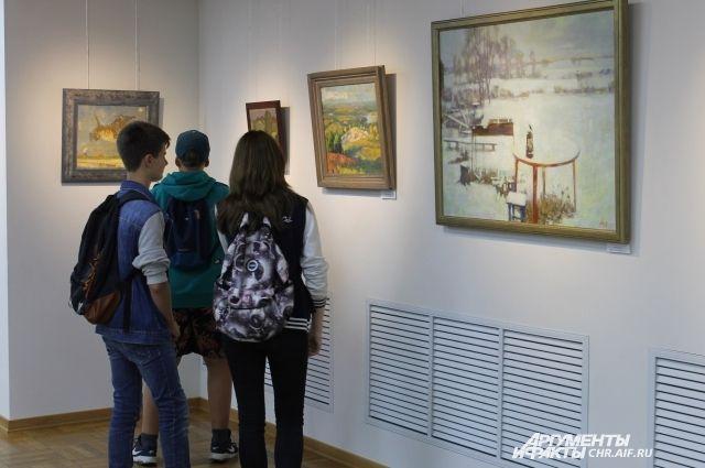 В музеях можно узнать много нового для себя.