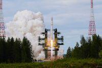 Ракета космического назначения легкого класса «Ангара-1.2ПП» во время старта на космодроме Плесецк. 2010 год.