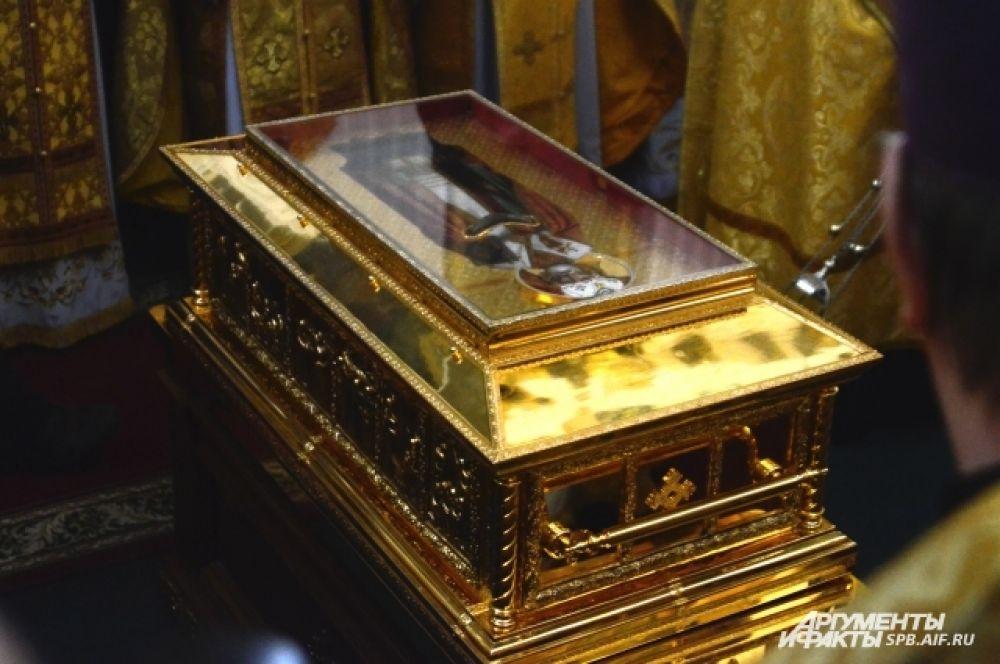 Мощи Николая Чудотворца будут находиться в Петербурге до 28 июля.