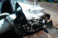 Вот таким стал автомобиль после столкновения с другим участником движения.