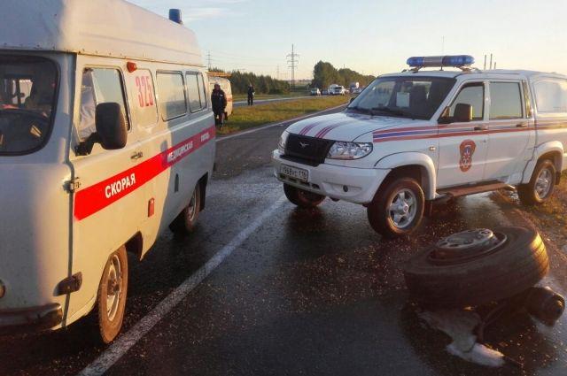 В аварии с КамАЗом погибли 5 человек ,включая двоих детей.