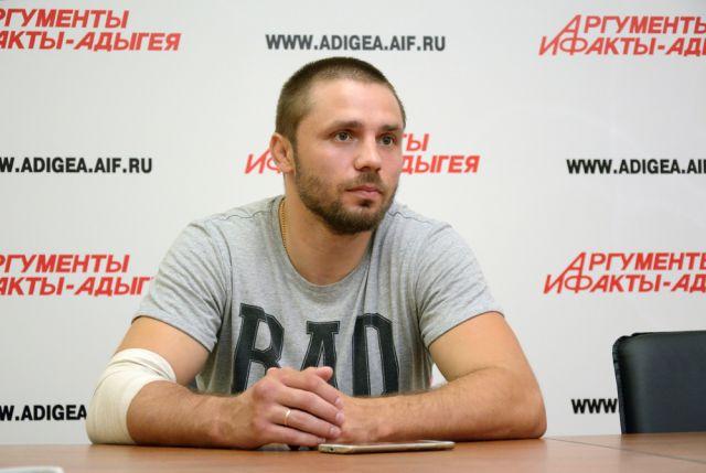 Бронзовый призёр чемпионата Европы по панкратиону Юрий Вереницен.