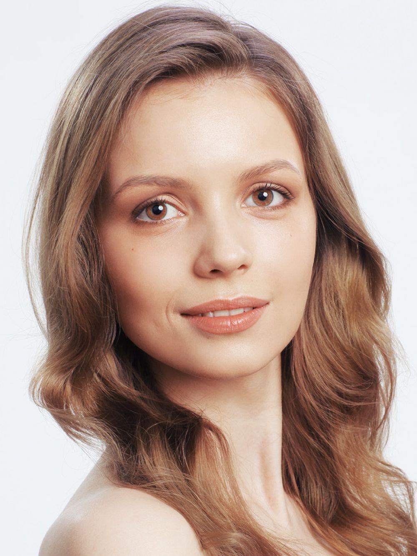 Анастасия Просвирнина, 22 года, 175 см.