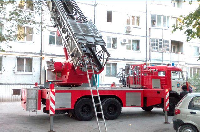 Пожар произошёл на втором этаже жилого дома.