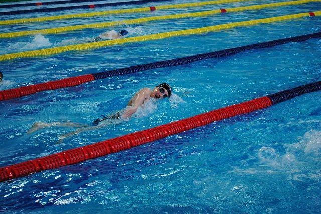 Егор Павлов примет участие в соревнованиях по плаванию.