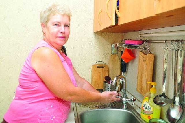 Горячую воду отключат на две недели.