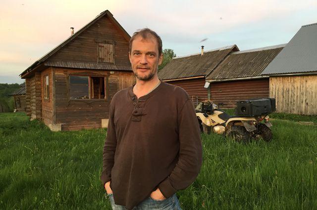 Актёр Сергей Карякин: на даче кажется, что Москвы вообще не существует