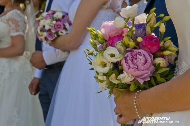 Свадебный интернет-бум зафиксирован в Тюменской области