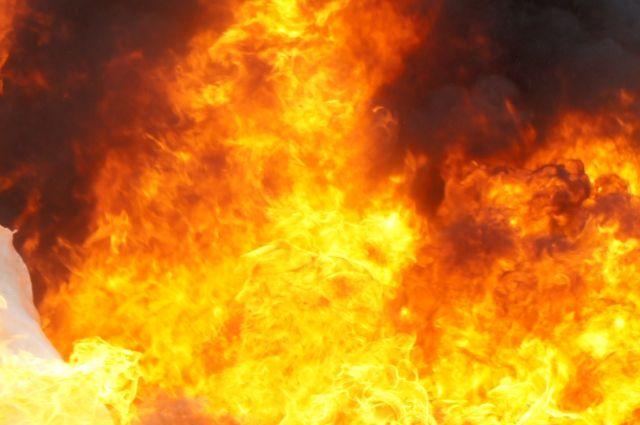 В центре Калининграда во время реконструкции загорелся дом.