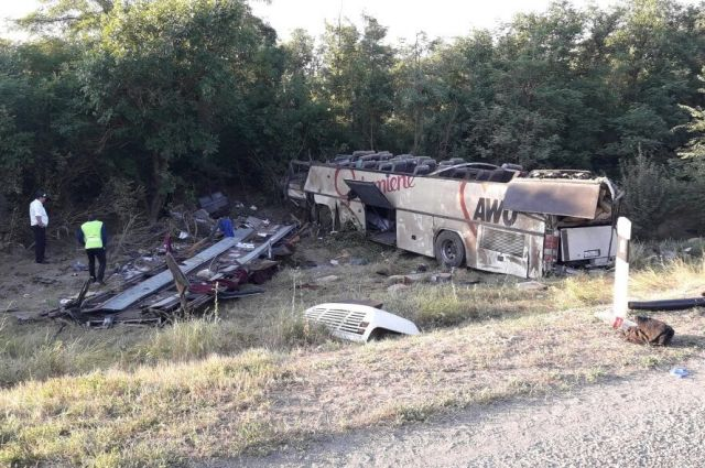 НаСтаврополье «лоб влоб» столкнулись «десятка» иавтобус